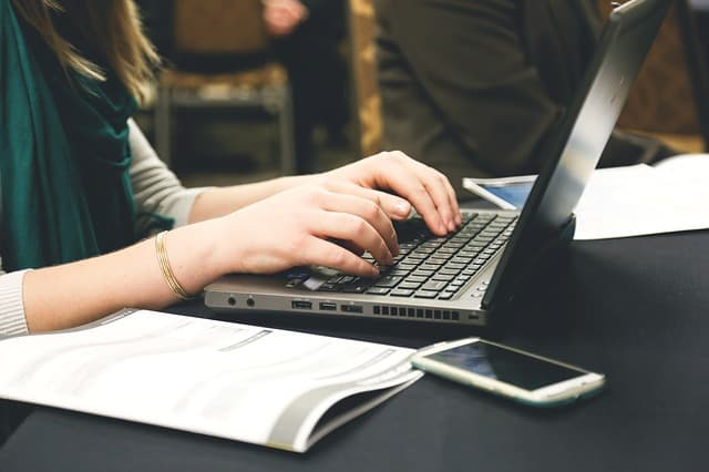 באיזו תדירות כדאי לפרסם קישורים לאתר?